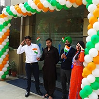 Uneecops Independence Day